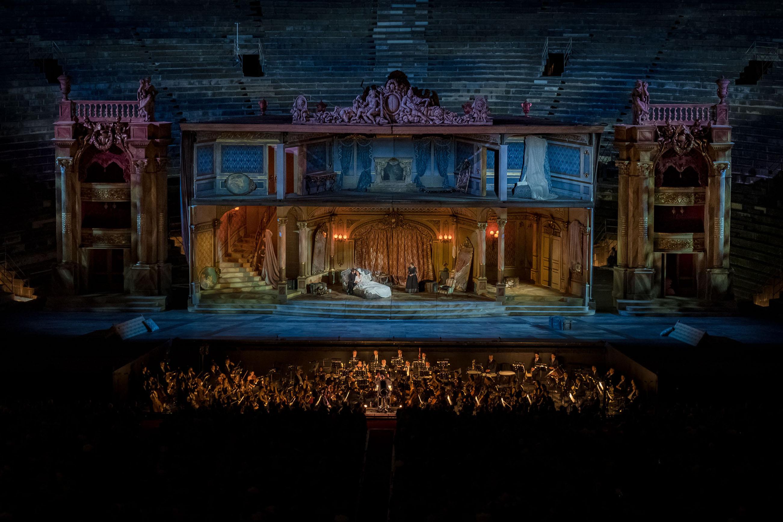 arena-di-verona-2019-traviata